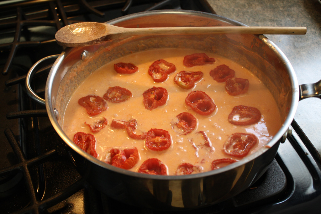... cream sauce cream sauce roasted tomatoes roma tomato white wine pasta